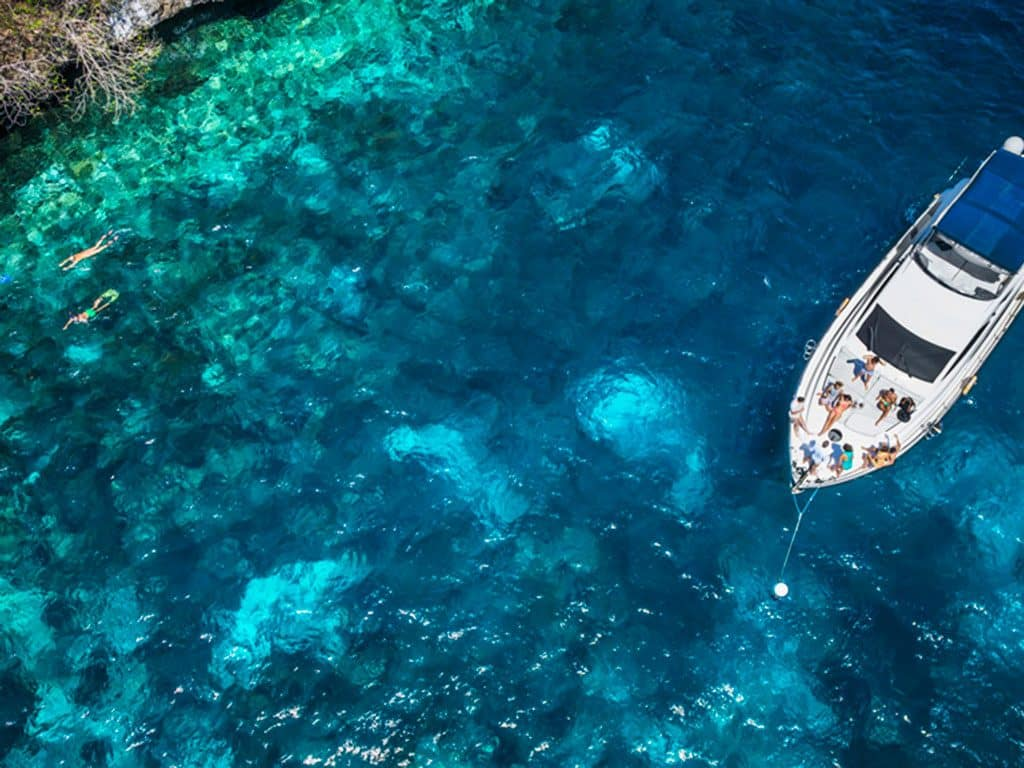 pulau-luxury-charters-bali-yacht-360