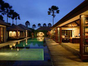 Peppers-seminyak-stay-Bali-360bali-360guides