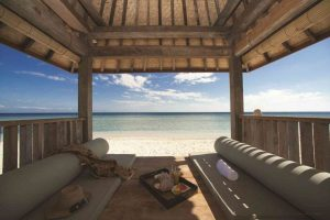 beach-bale-gili-island