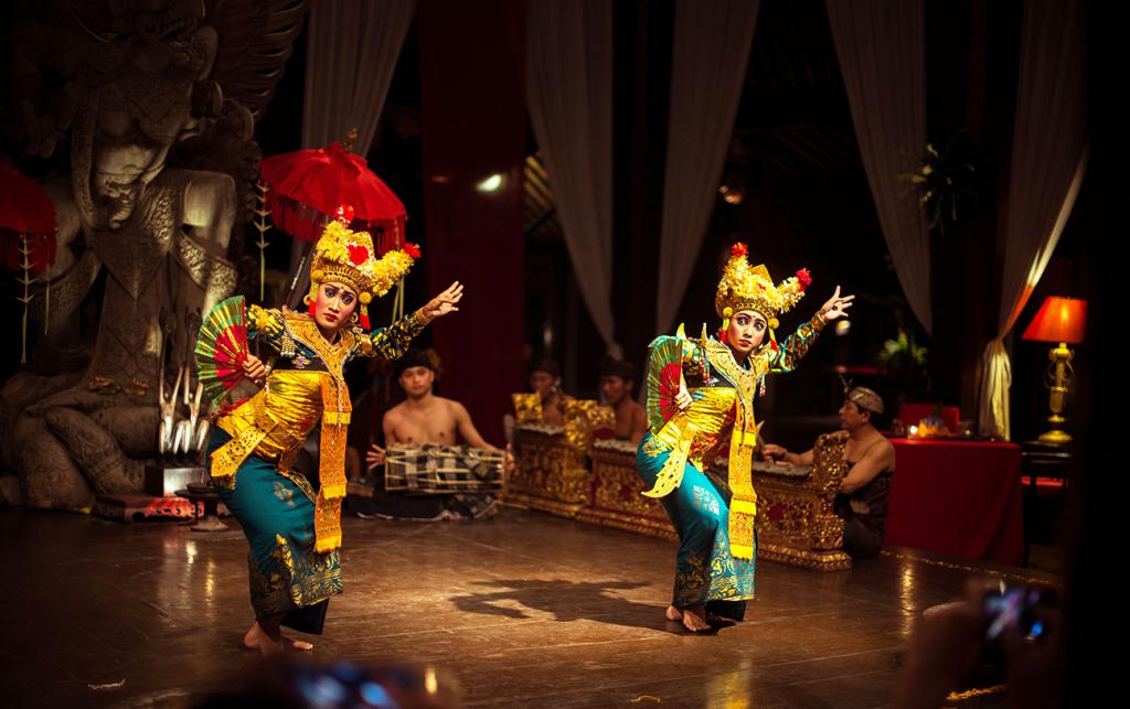 Show at Tugu Hotel