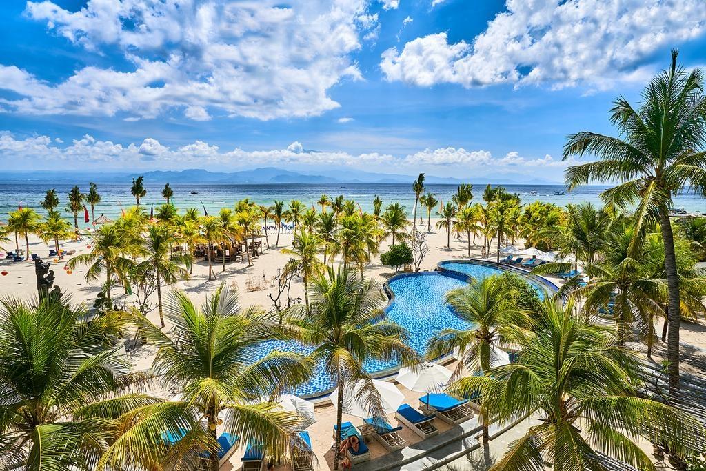 Mahagiri Resort and Beach Club
