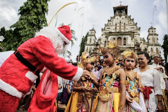 This Christmas in Bali our gifts mean more than ever before - 360Bali's local gift guide.